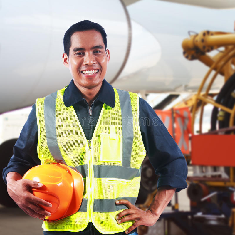Download Portrait Of Asian Professional Engineer Royalty Free Stock Images - Image: 38389539