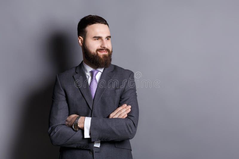 Portrait barbu sûr beau d'homme d'affaires photo libre de droits