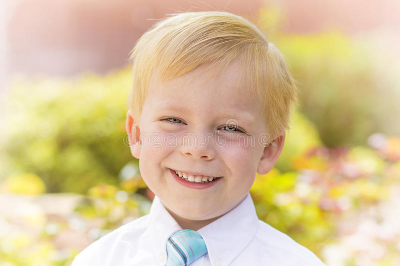 Portrait beau de Little Boy photo stock