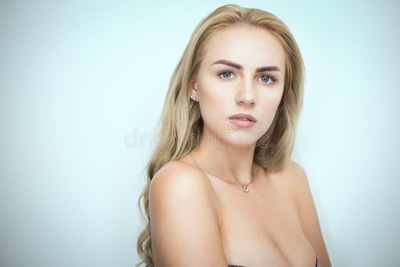 Portrait blond de Bysty photo stock