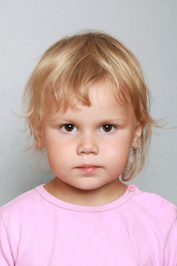 Portrait caucasien de plan rapproché de bébé photographie stock libre de droits