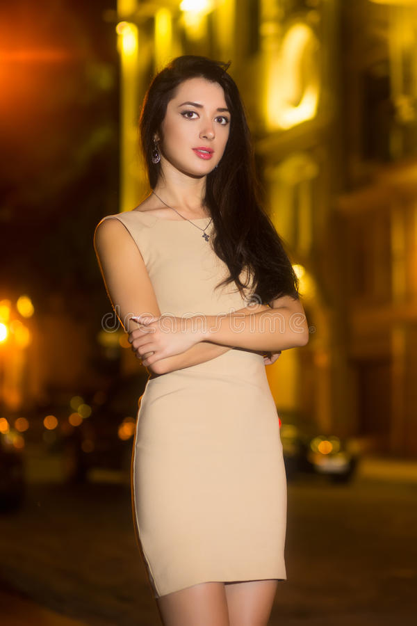Portrait d'attirer la femme photos stock