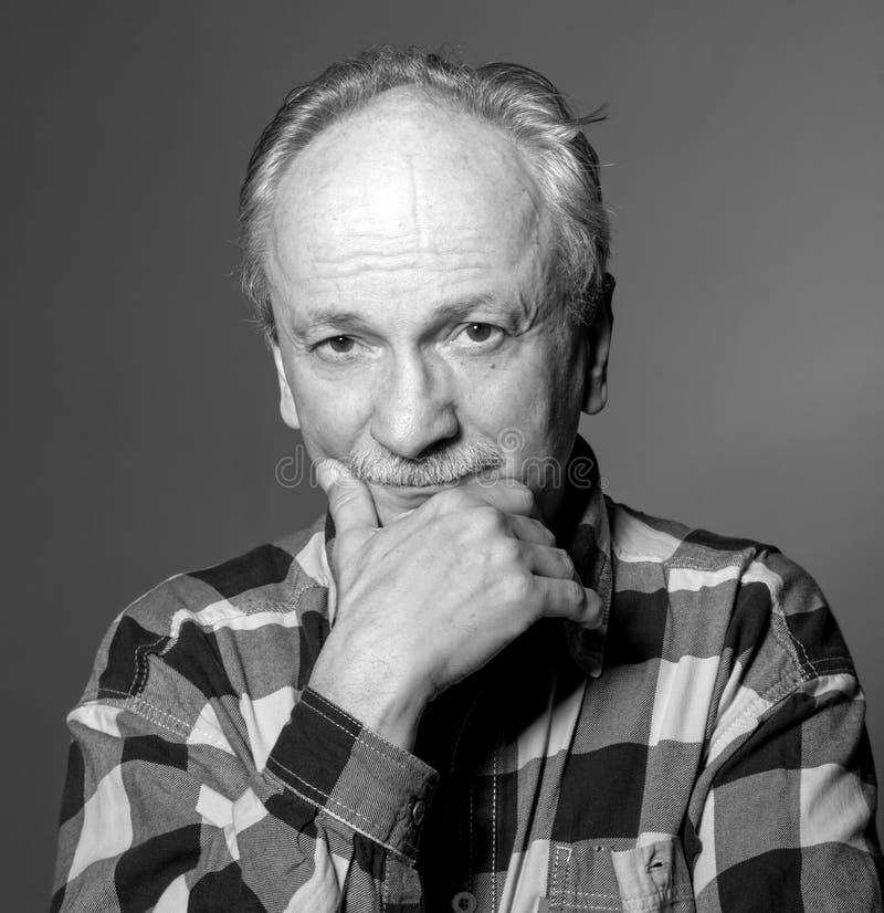 Portrait d'homme plus âgé photo libre de droits
