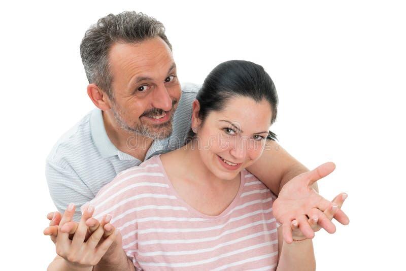 Portrait d'?treindre de couples images stock