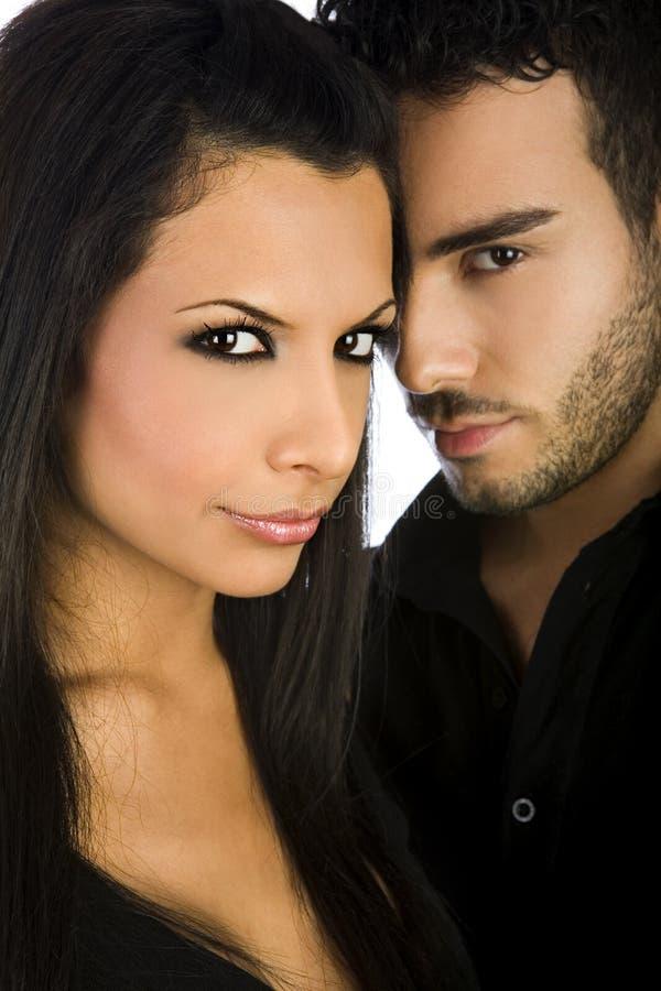 Portrait d'un couple beau photographie stock