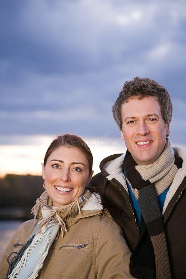 Portrait d'un couple hétérosexuel photographie stock libre de droits