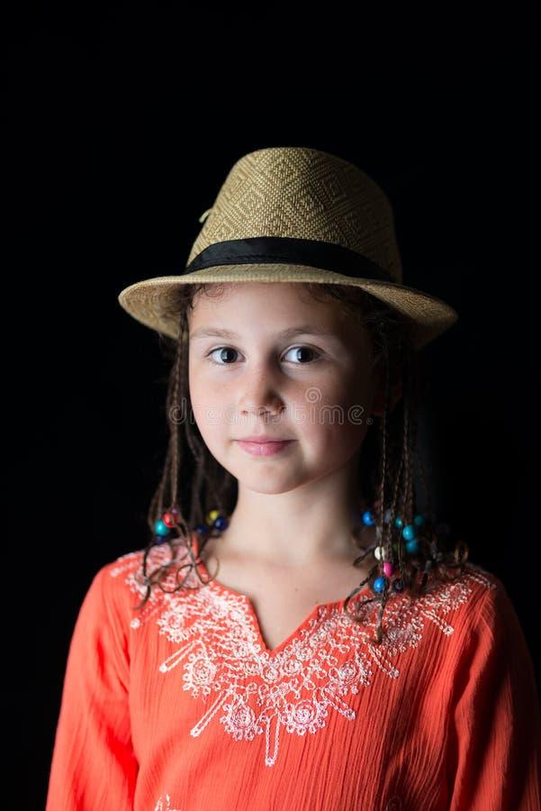 Portrait d'un enfant dans un chapeau photographie stock