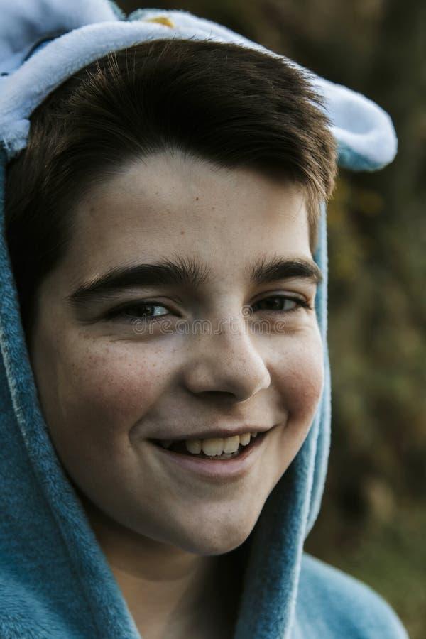 Portrait d'un garçon déguisé image libre de droits