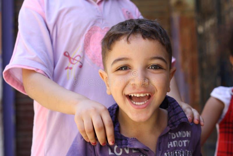 Garçon égyptien heureux  image libre de droits