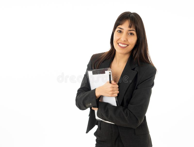 Portrait d'un jeune beau et sûr sourire de femme d'affaires D'isolement sur le fond blanc photos stock