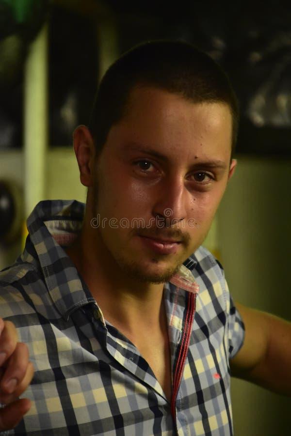 Portrait d'un jeune homme photos libres de droits