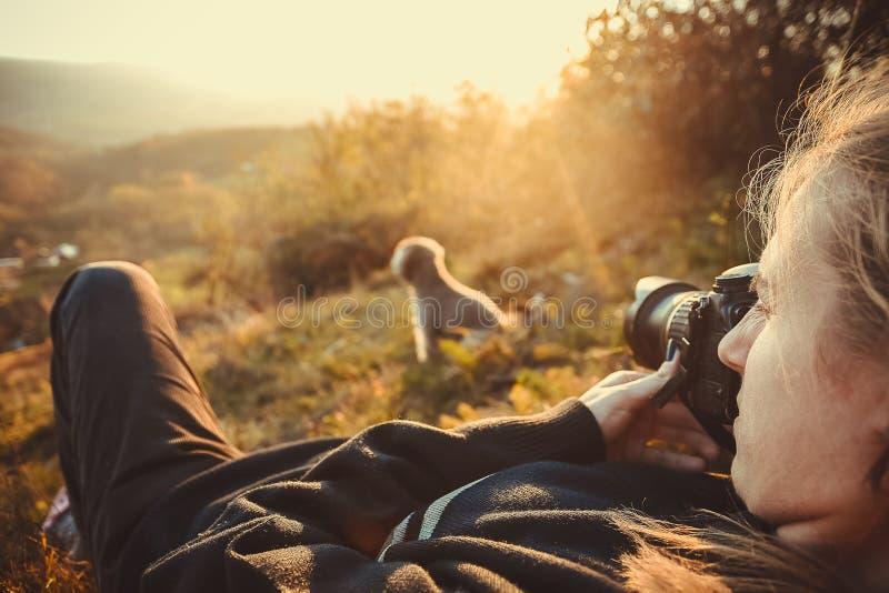 Portrait d'un photographe féminin photo libre de droits