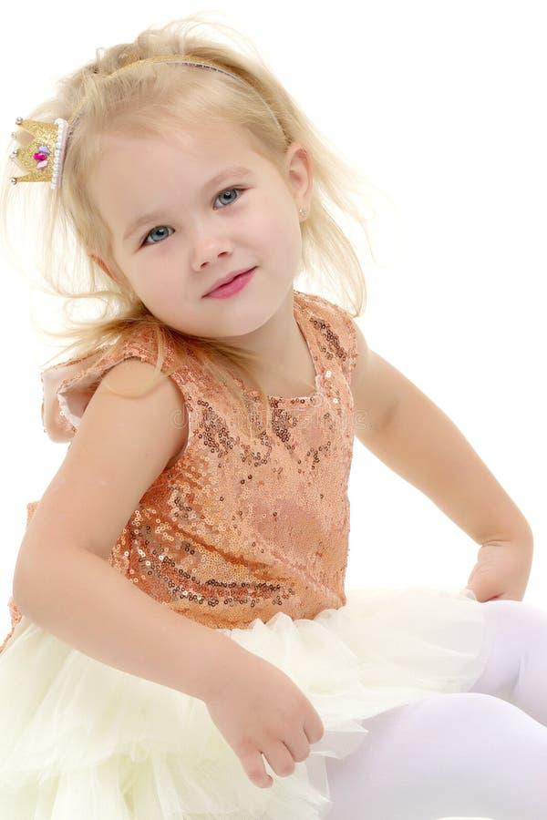 Portrait d'un plan rapproché de petite fille image stock