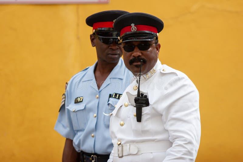 Portrait d'un policier bahamien images stock