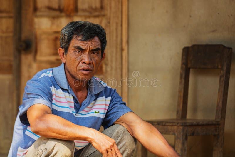 Portrait d'un riverain - un mâle adulte photographie stock libre de droits