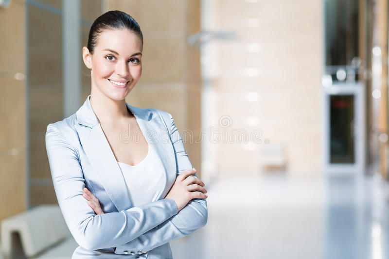 Portrait d'une belle femme d'affaires photo stock