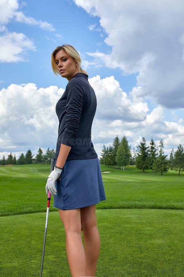 recherche femme golf)