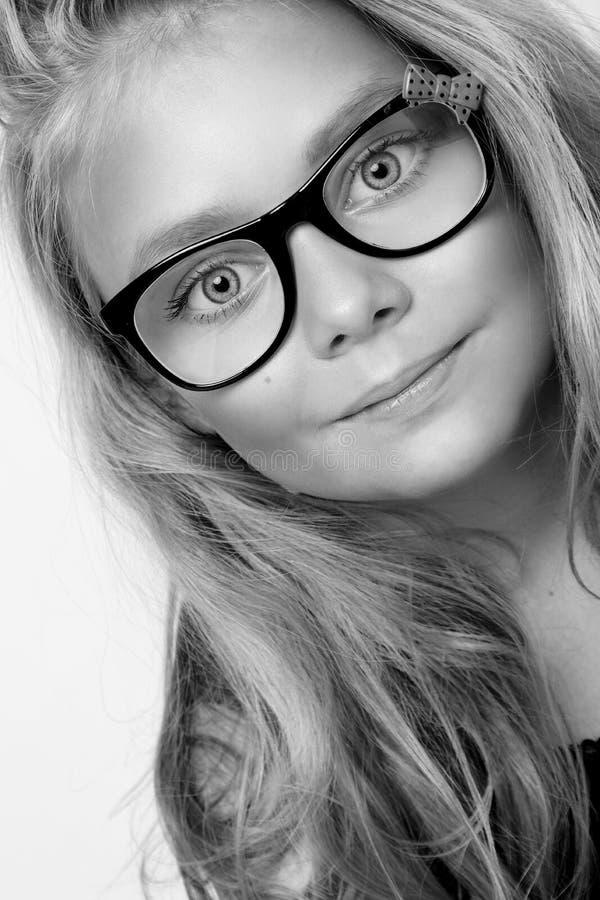 Portrait d'une belle fille de petite fille image libre de droits