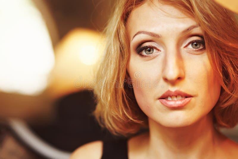 Portrait d'une fille photo stock