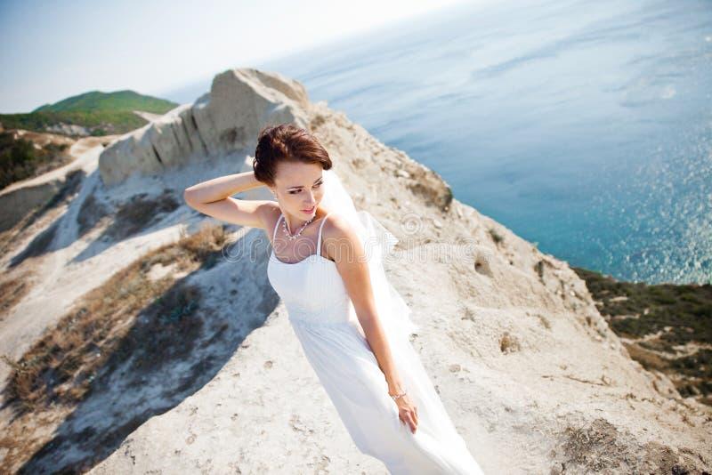 Portrait d'une jeune mariée images libres de droits