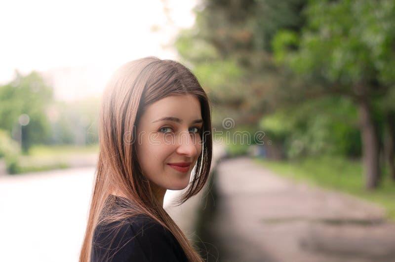 Portrait d'une jolie fille image libre de droits