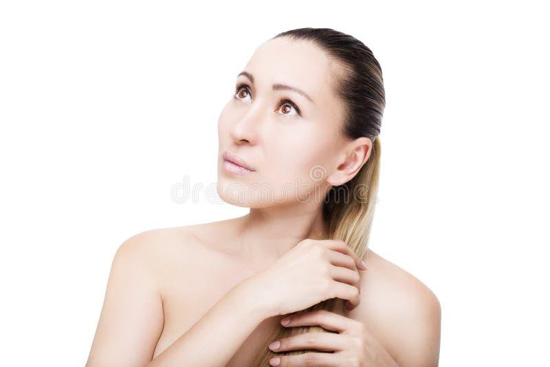 Portrait de beau visage avec de beaux yeux bruns photo stock