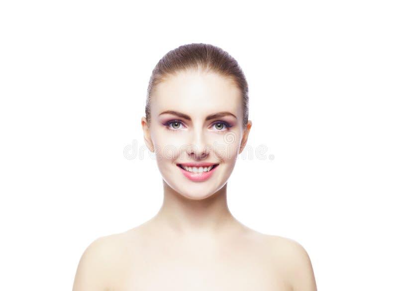Portrait de beauté d'une jeune femme sur le blanc photo libre de droits