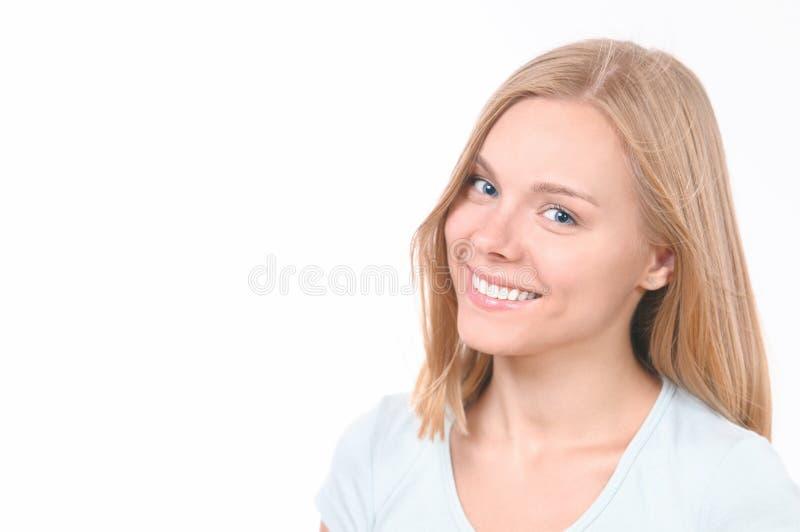 Portrait de beaut? de jeune mod?le de mode avec de longs cheveux photos stock