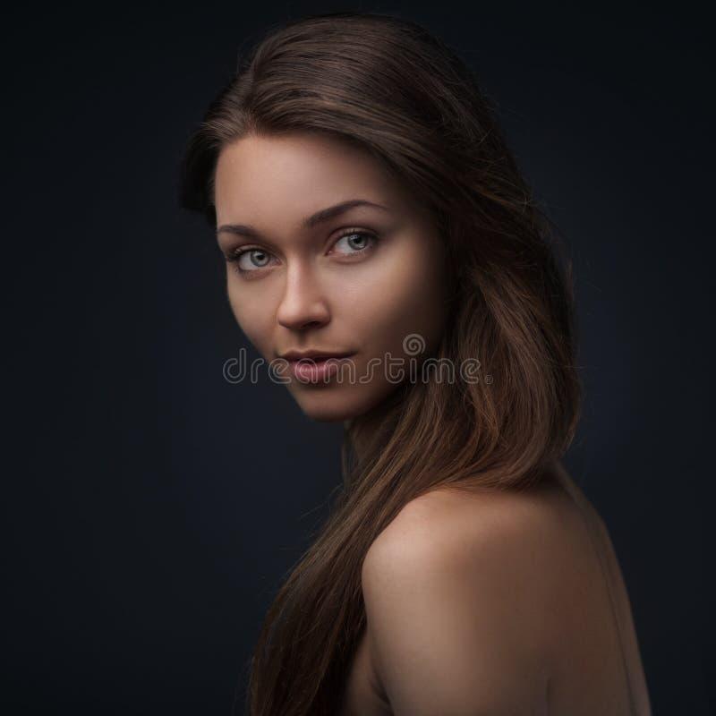 Portrait de belle fille images stock