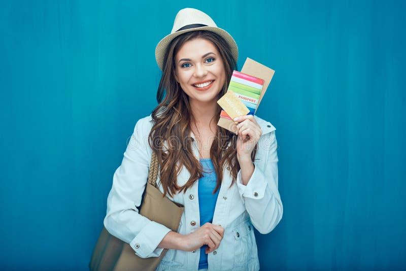 Portrait de concept de voyage de touriste heureuse de femme images stock