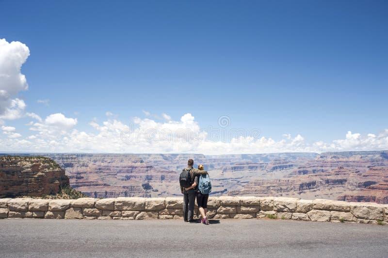 Portrait de couples de randonneur de Grand Canyon jeune photographie stock