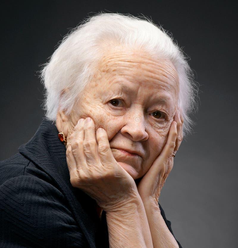 Portrait de dame âgée photographie stock libre de droits