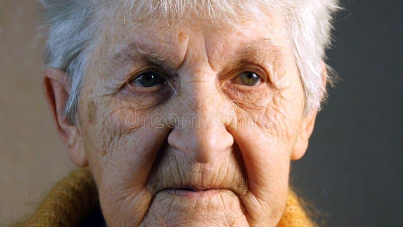 Portrait de dame âgée Plan rapproché photo libre de droits
