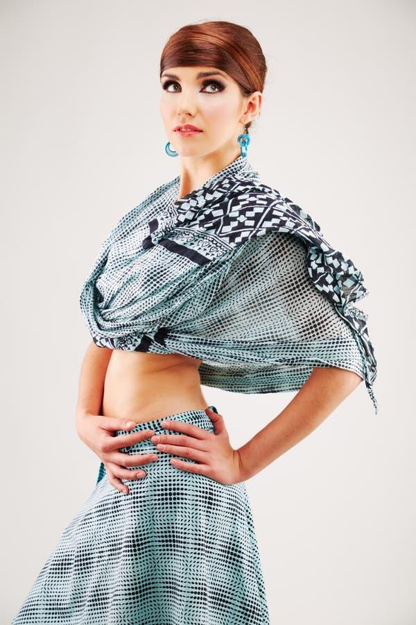 Portrait de femme de style de mode dans des vêtements asiatiques images libres de droits