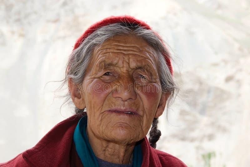 Portrait de femme de Ladakhi, Ladakh, Inde image libre de droits
