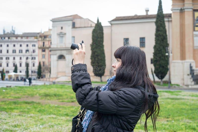 Portrait de fille à Rome images libres de droits