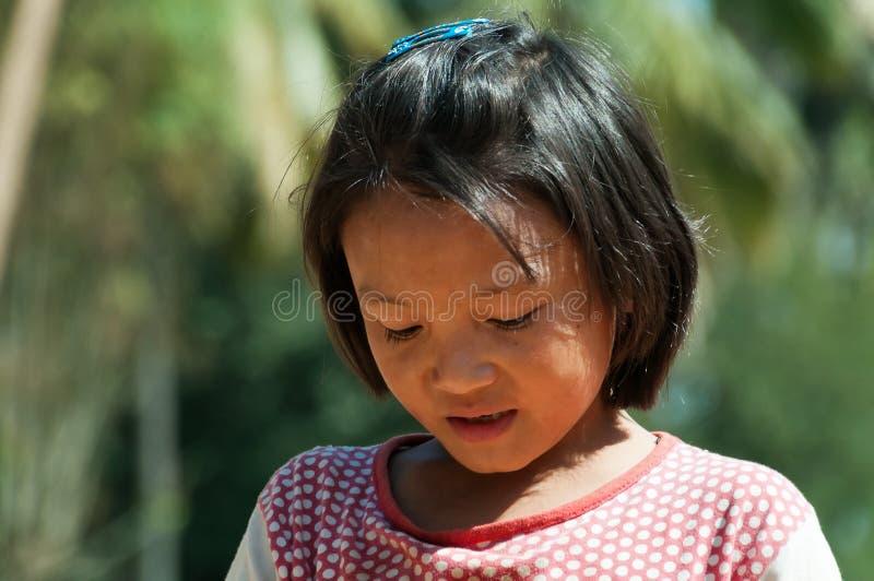 Portrait de fille indienne sur la rue à Bangalore photos libres de droits