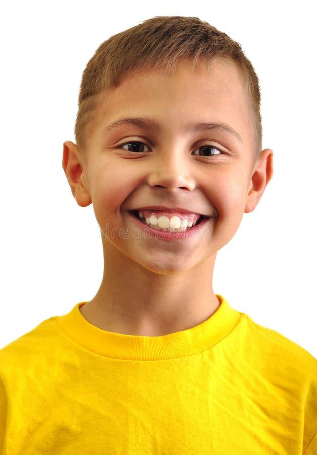 Portrait de garçon heureusement de sourire images stock