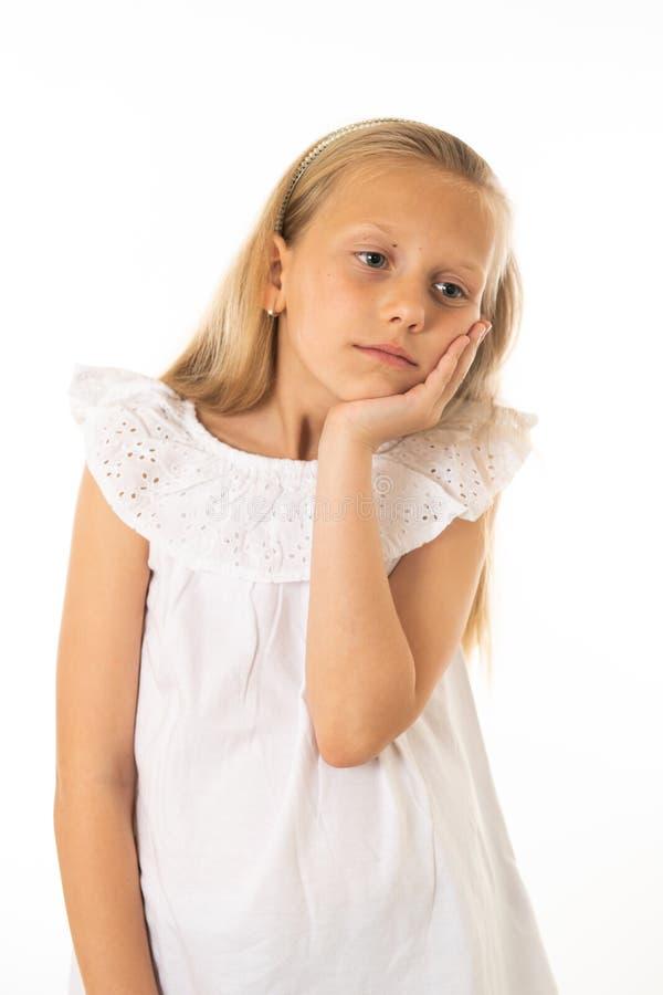 Portrait de jeune belle fille ennuyée, triste, déprimée Émotions et expression du visage humaines images libres de droits