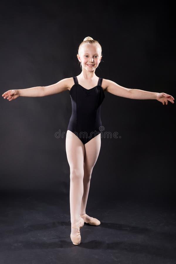 Portrait de jeune danseur classique photos libres de droits