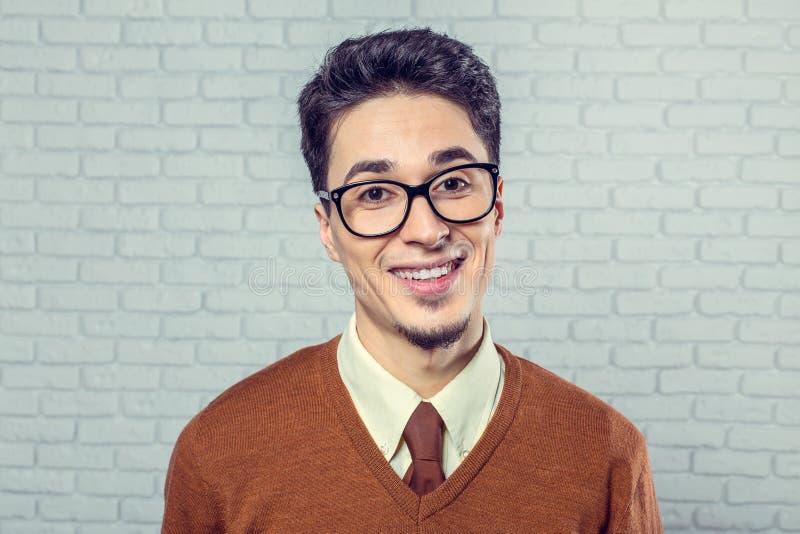 Portrait de jeune homme photographie stock