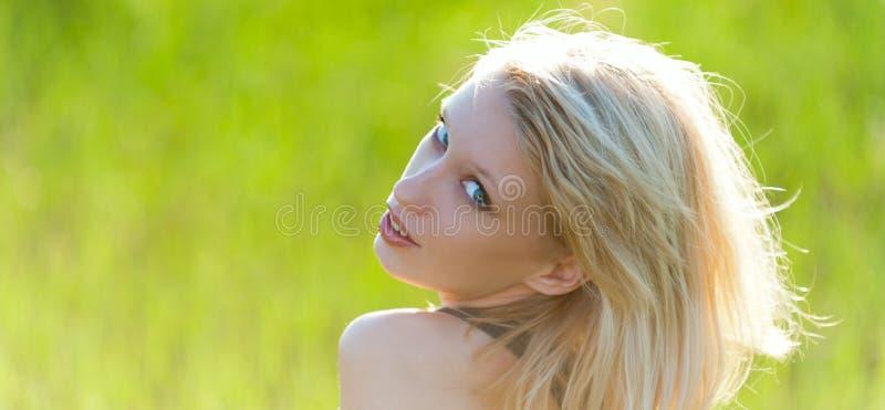 Jeune beau blond image stock
