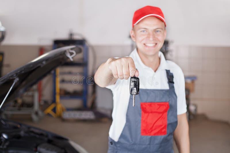 Portrait de mécanicien automobile photos libres de droits