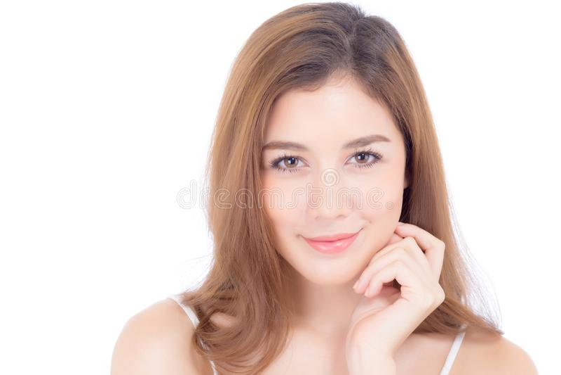 Portrait de maquillage asiatique de belle femme du cosm?tique, de la joue de contact de main de fille et du sourire attrayants photo stock