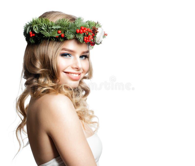 Portrait de nouvelle année de beau Woman modèle de sourire photo libre de droits
