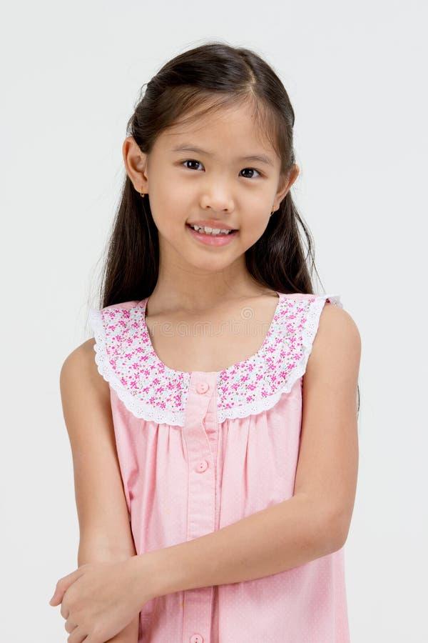 Portrait de petit enfant asiatique heureux images stock