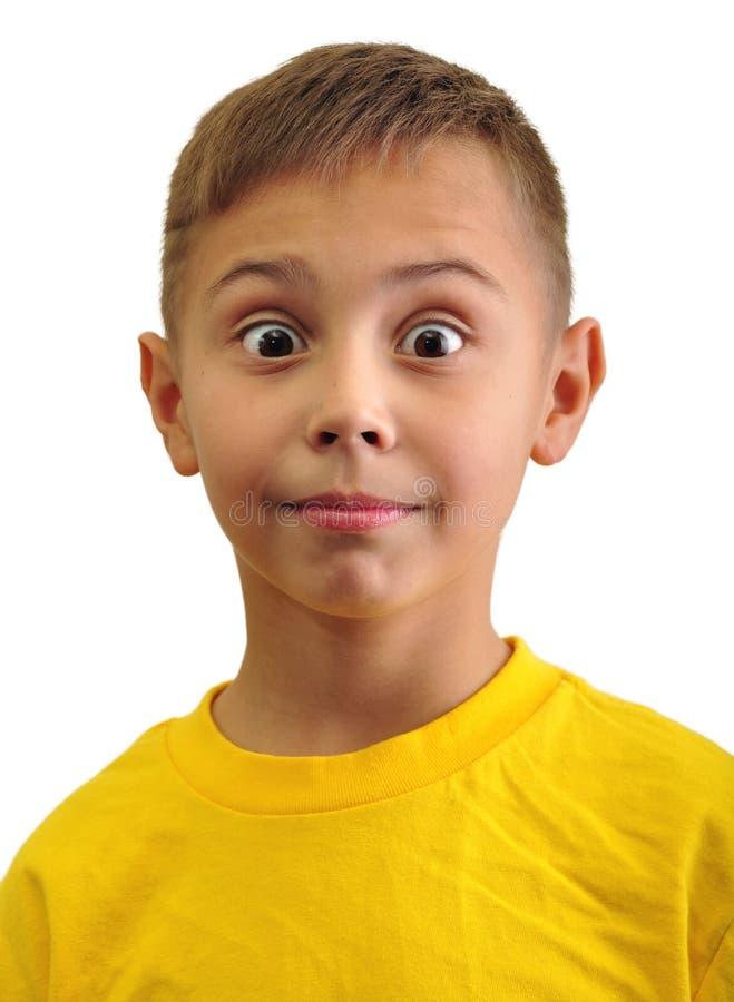 Portrait de petit garçon étonné enthousiaste photos stock