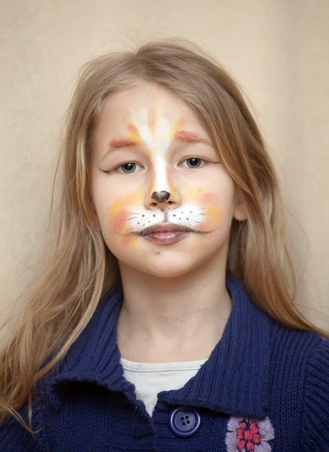portrait de petite fille avec le maquillage de peinture de. Black Bedroom Furniture Sets. Home Design Ideas