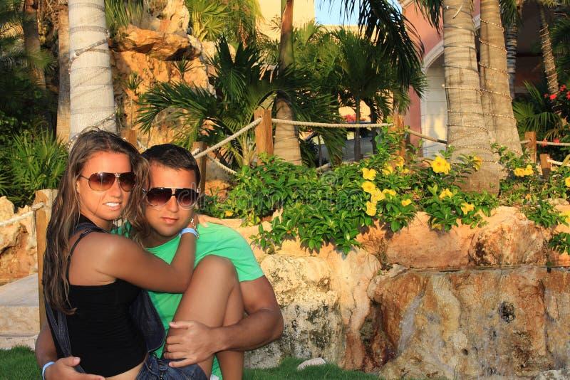 Portrait de plan rapproché de beaux couples heureux photographie stock libre de droits
