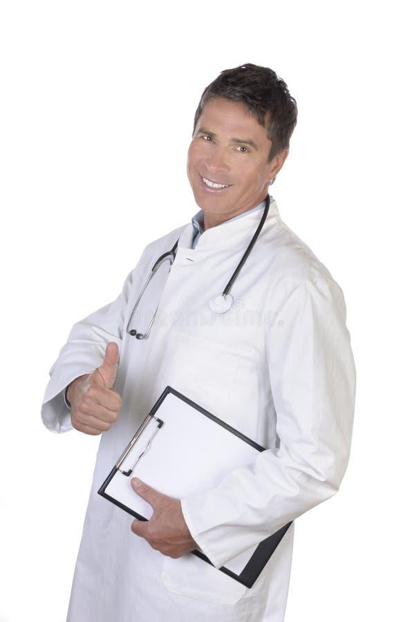 Portrait de pouce mûr de sourire de docteur  image libre de droits